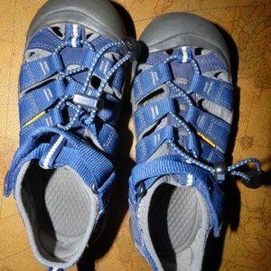 Kid's Keen Newport H2 Blue Boat Sandals, 2